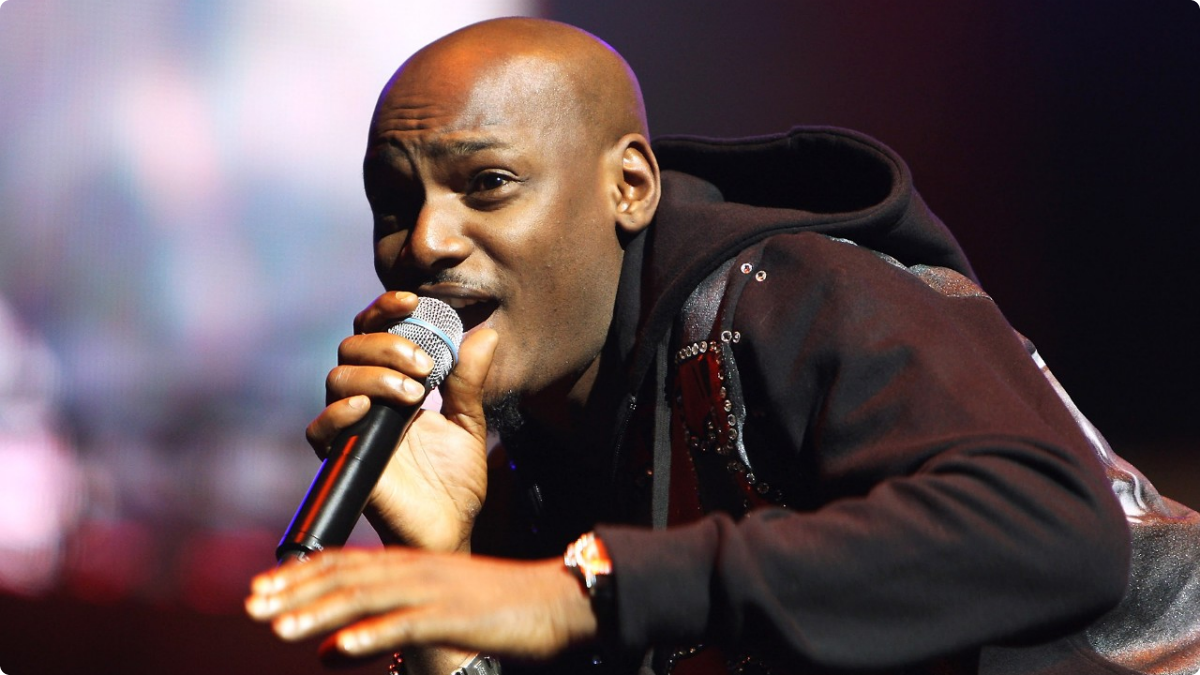 052913-shows-beta-2013-international-performer-2face-idibia-performs-2